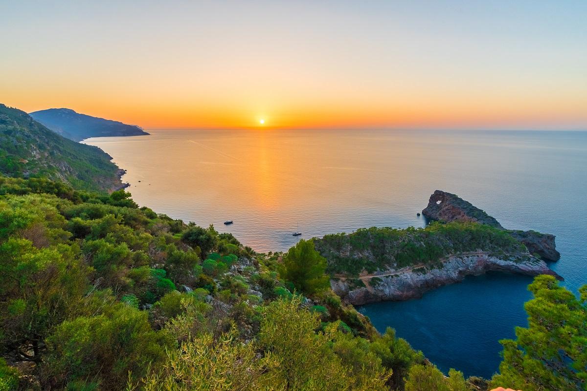 Secret mooring spots in Mallorca