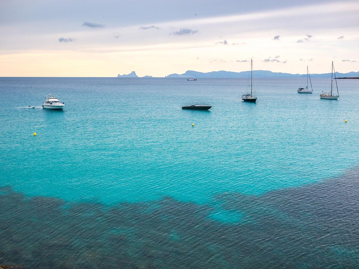 Secret mooring spots in Ibiza & Formentera